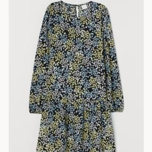 H&M Dresses - Floral dress